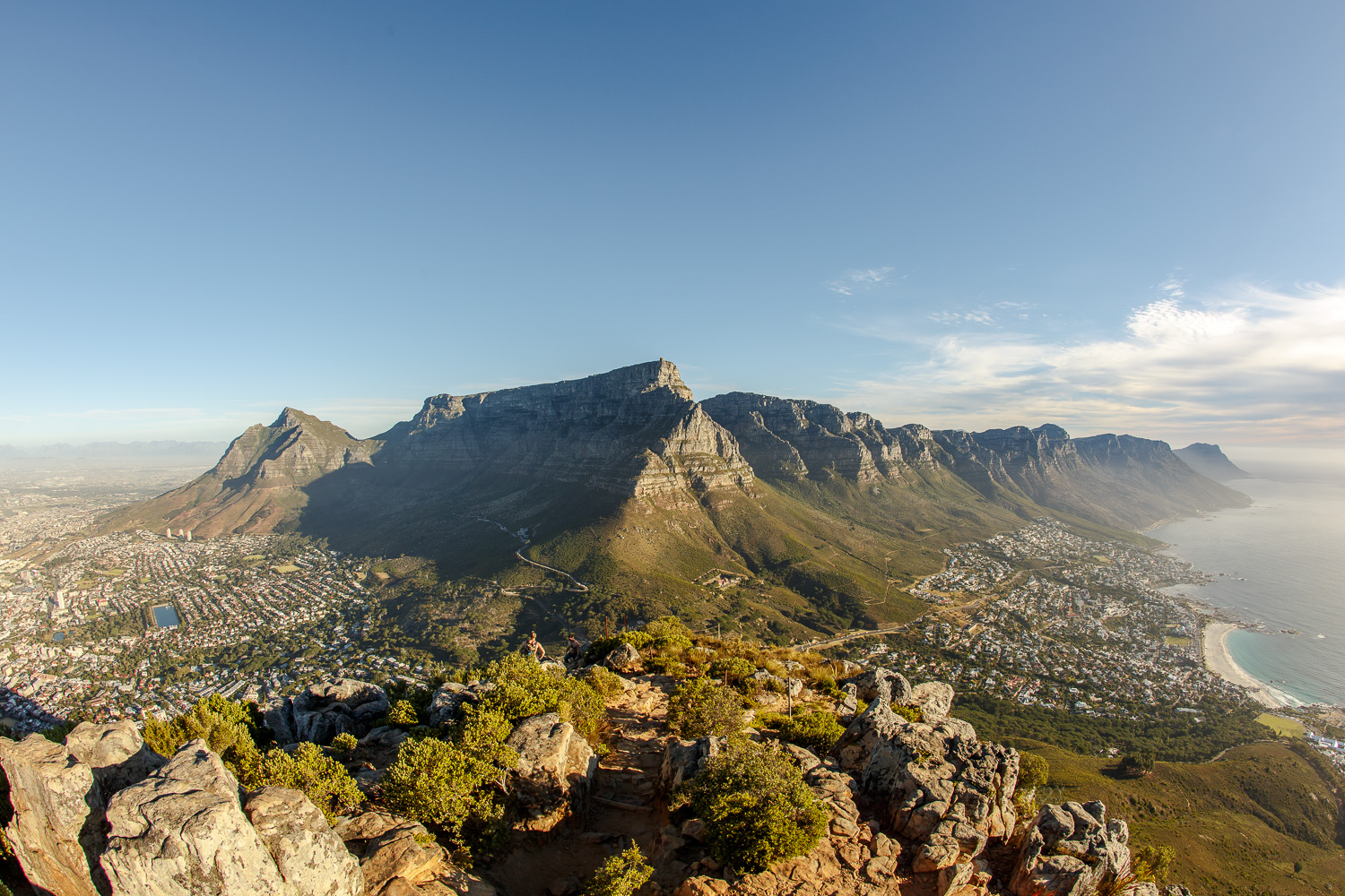 private guided hikes and hiking tours cape town table mountain lions head
