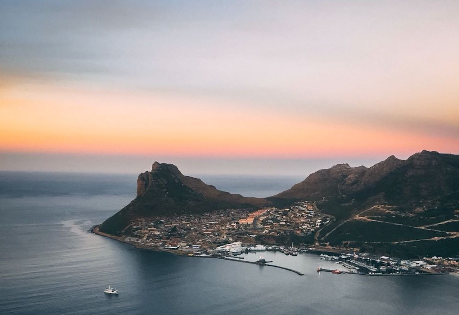private guided hikes and hiking tours cape town chapmans peak hour bay harbour